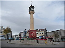 SO1408 : Tredegar town clock by Jeremy Bolwell