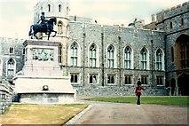 SU9777 : Windsor Castle - 1975 by Helmut Zozmann