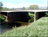 SO5012 : A40 River Monnow bridge, Monmouth by Jaggery