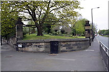 NZ2364 : Cemetery corner at Elswick Road/Westgate road junction by Roger Templeman