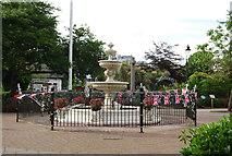 SX8751 : Fountain, Royal Avenue Gardens by N Chadwick