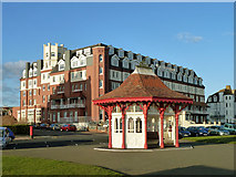 TQ7407 : Sea front shelter, Bexhill by Robin Webster