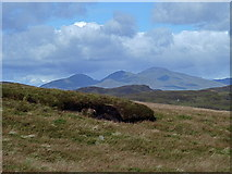 NN5738 : Clear view of distant Tarmachan ridge by Anthony O'Neil