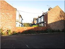 TA0930 : Houses off Fenchurch Street, Hull by Ian S