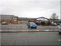 TA0729 : New Walton Club, Walton Street, Hull by Ian S