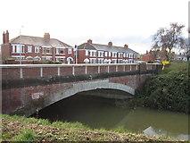 TA0832 : Barmston Drain at Endike Lane, Hull by Ian S