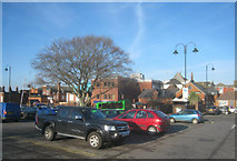 SU6351 : Town centre short stay parking by Sandy B