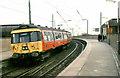 NS5566 : Train, Partick station (1985-2) by Albert Bridge