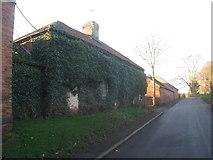 SK7476 : Glebe Farm, Headon by Jonathan Thacker