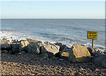 TQ1602 : Beach and boulders at Worthing, East Sussex by Roger  Kidd