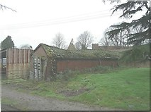 TQ9963 : Tumbledown building, Luddenham Court Farm by John Baker