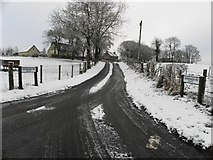 H5572 : Shinnagh Road, Bracky by Kenneth  Allen