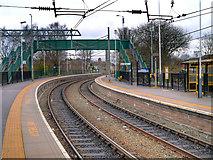 SJ5795 : Earlestown Station, Platforms 4 and 5 by David Dixon