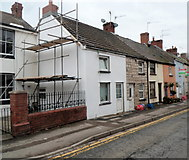 ST5394 : Row of houses, Lower Church Street, Chepstow by Jaggery