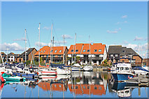SU4208 : Hythe Marina by Wayland Smith