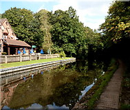 SO8275 : Canal, canal path and The Watermill, Kidderminster by Jaggery