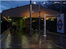 TQ2473 : Platforms, Southfield Underground Station by Robin Sones