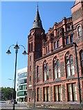 SJ3590 : Victoria Building, University of Liverpool by Derek Harper
