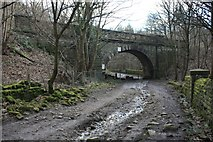 SE1940 : Bridge GUE2-20 Springs Road at Westfield, Guiseley by Richard Kay