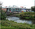 SO8376 : NE corner of a Tesco superstore, Kidderminster by Jaggery