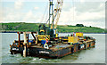 S7010 : Crane and barge, Passage East by Albert Bridge