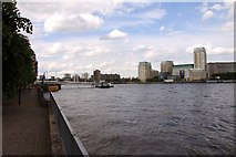 TQ3680 : The River Thames at Rotherhithe by Steve Daniels
