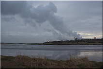 SJ5786 : River Mersey with the plume from Fiddler's Ferry by Ian Greig