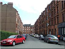 NS5566 : Kildonan Drive by Thomas Nugent
