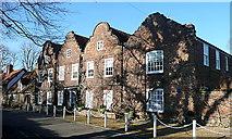 TQ0487 : Hills House by Graham Horn
