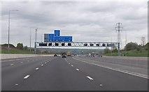 TQ5885 : M25 1 mile to Junction 29 A127 by Julian P Guffogg