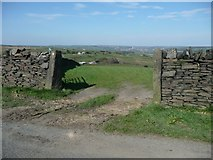SE0120 : The south-west section of Ripponden FP 10 at Coal Gate Road by Humphrey Bolton