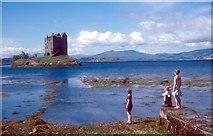 NM9247 : Castle Stalker, Loch Laich by Alan Reid