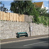 SX9473 : Limestone-faced retaining wall, Dawlish Road, Teignmouth by Robin Stott