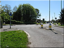 SU9201 : Roundabout at the junction of North Bersted Street and Rowan Way by Dave Spicer