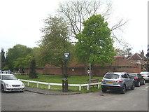 TQ0487 : Denham village green by Rod Allday
