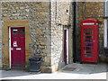 ST6316 : Sherborne: phone box in Half Moon Street by Chris Downer