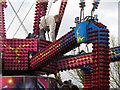 SP9211 : Building a Fairground Ride for Tring Carnival by Chris Reynolds