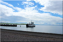 NS2059 : Ferry Leaving for Great Cumbrae by Billy McCrorie