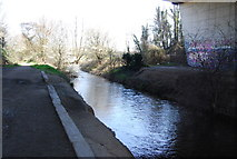 TQ5571 : River Darent under the M25 by N Chadwick