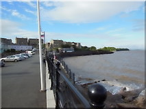 ST4071 : Looking along the Beach (road), Clevedon by Ian S