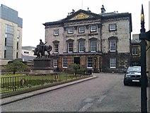 NT2574 : Royal Bank of Scotland, St Andrew Square by David Martin