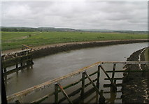 TQ0004 : Brighton to Portsmouth line crossing the River Arun by Chris