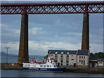 NT1378 : 'Maid of the Forth' at the Hawes Pier by kim traynor