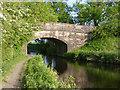 NT0974 : Union Canal Bridge 30 by Alan Murray-Rust