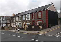 ST1599 : Commercial Street houses north of Cwrt-Coch Street, Aberbargoed by Jaggery