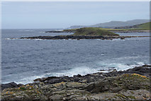 HP5605 : Brough Holm from Houllnan Ness, Westing by Mike Pennington