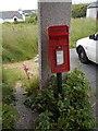 HU4021 : Levenwick: postbox № ZE2 26 by Chris Downer