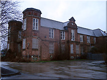 SK9871 : Lincoln County Hospital Sewell Road by Jo Turner