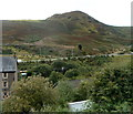 ST0192 : Mynydd Troed-y-rhiw viewed from Hillside Terrace, Wattstown by Jaggery