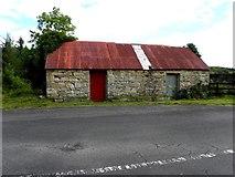 H1419 : Farm building, Corlough by Kenneth  Allen